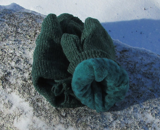 Mountain Green Fleece Lined Wool Handknit Mittens