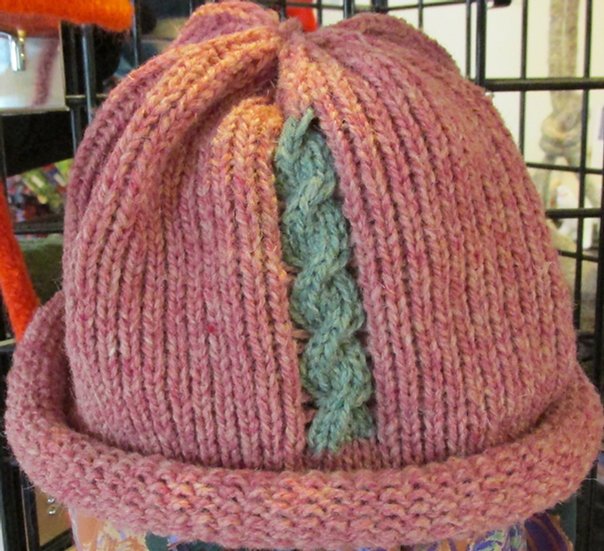 Burgandy Heather Rolled Brim Wool Hat with Cable