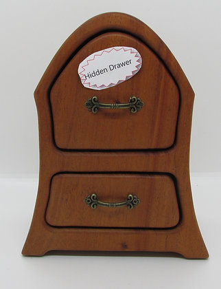 """Hutch"" Bandsaw Box by Artisan Torie Patterson"