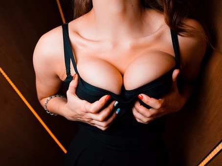 10 Unexpected Ways Your Boobs Change During Sex, According To Experts