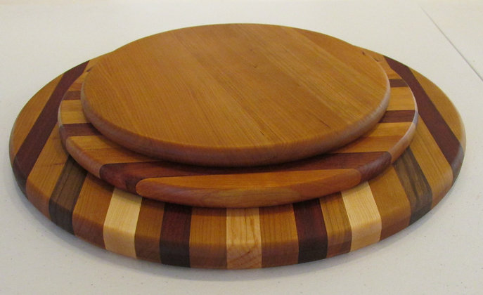 Hand Made Wooden Cutting Boards by Artisan Duane Butler