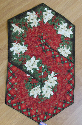 Triangle Swirl Table Runner by Artisan May Bouchard