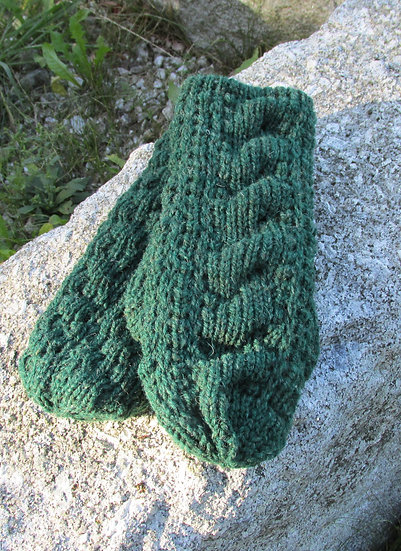 Cable Mitten, Mountain  Green