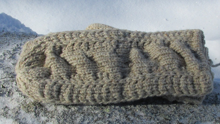 Handknit Cable Mitten, Oatmeal