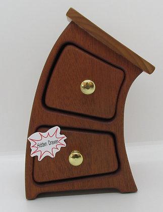 """""""Strech Jr."""" Bandsaw Box by Artisan Torie Patterson"""