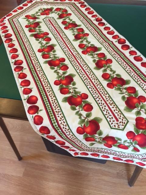 Apple Table Runner