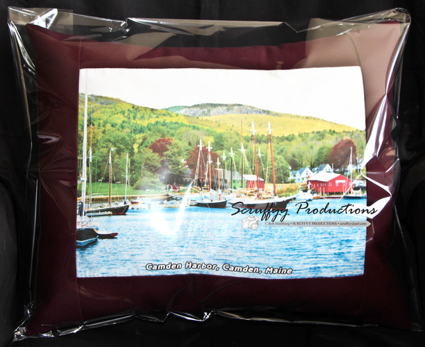 Camden Harbor pillow IMG_4700 fix10 RGB
