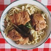 今一番美味しいと思う、_沖縄そば屋さんに決定!!!_名護にある「宮里そば」_出汁