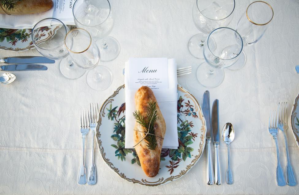 table-setting-wedding-ceremony_edited.jp