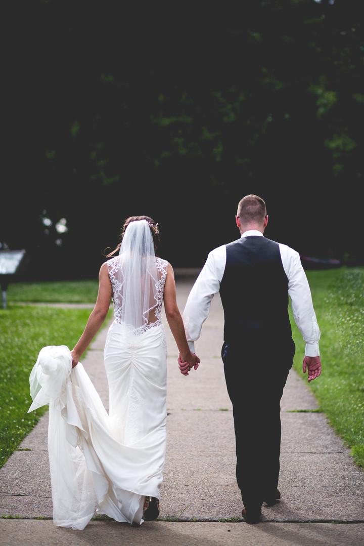 wedding-pictures-love.jpg