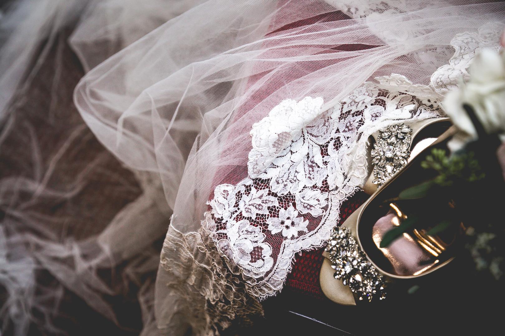 veil-bride-lace.jpg
