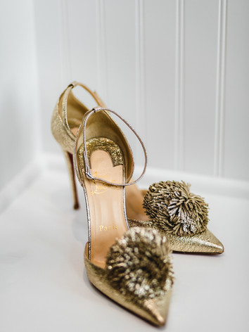 Wedding-gold-shoes-001.jpg