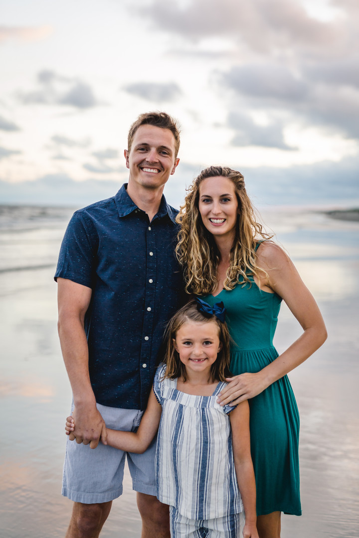 Morgan-Fam-Beach-Photos-2020-025.jpg