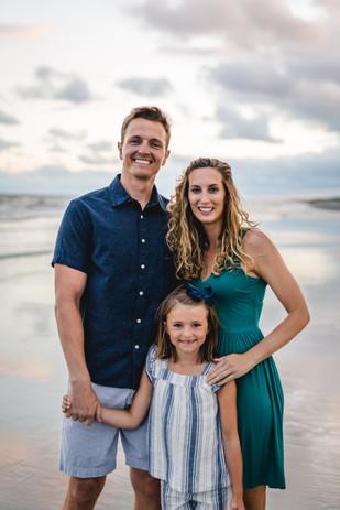 Morgan-Fam-Beach-Photos-2020-025.jpg