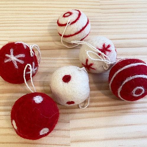 フェルトボール2.5cm 赤白・グレー白 クリスマス