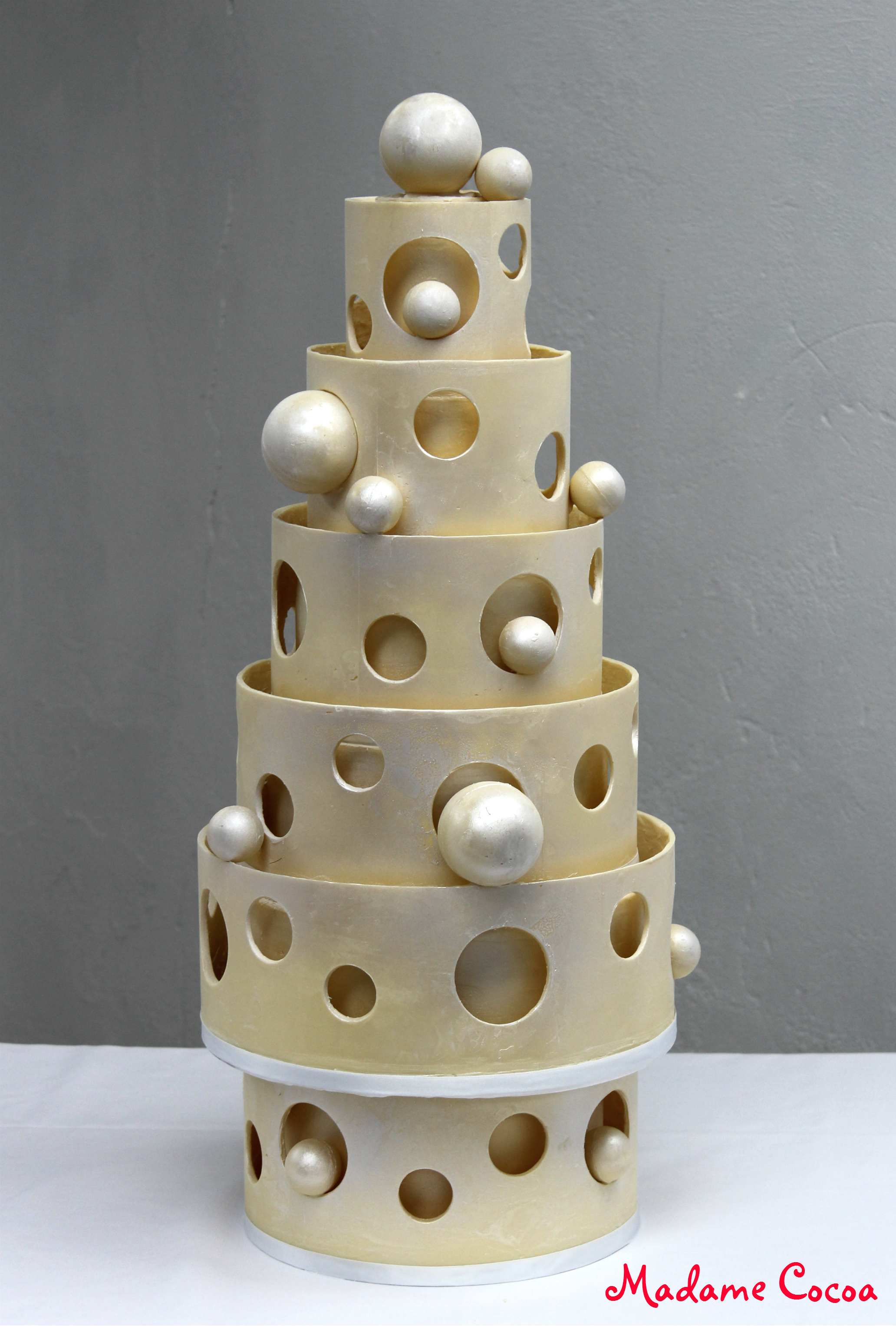 White chocolate modern wedding cake
