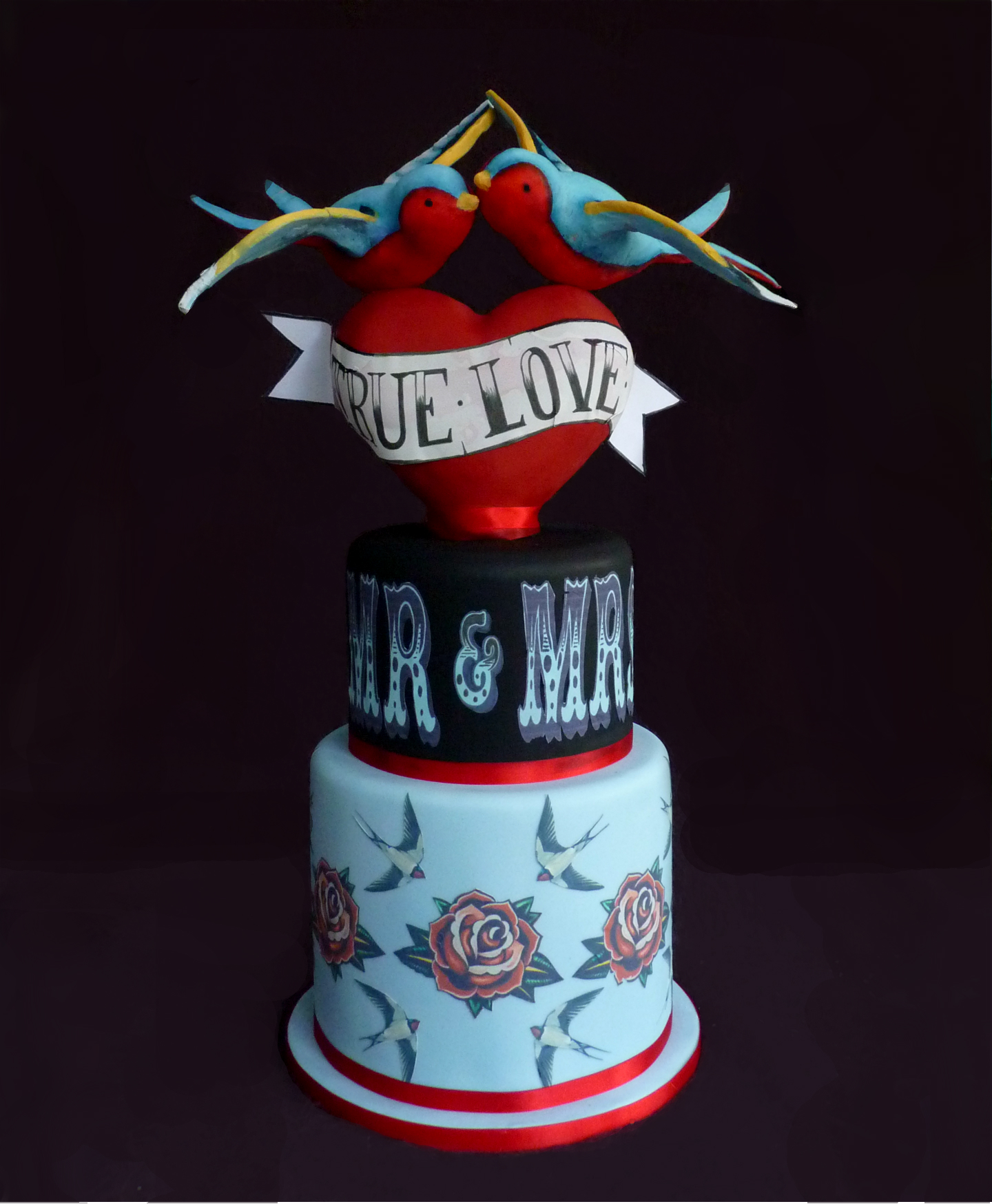 'True Love' Wedding Cake