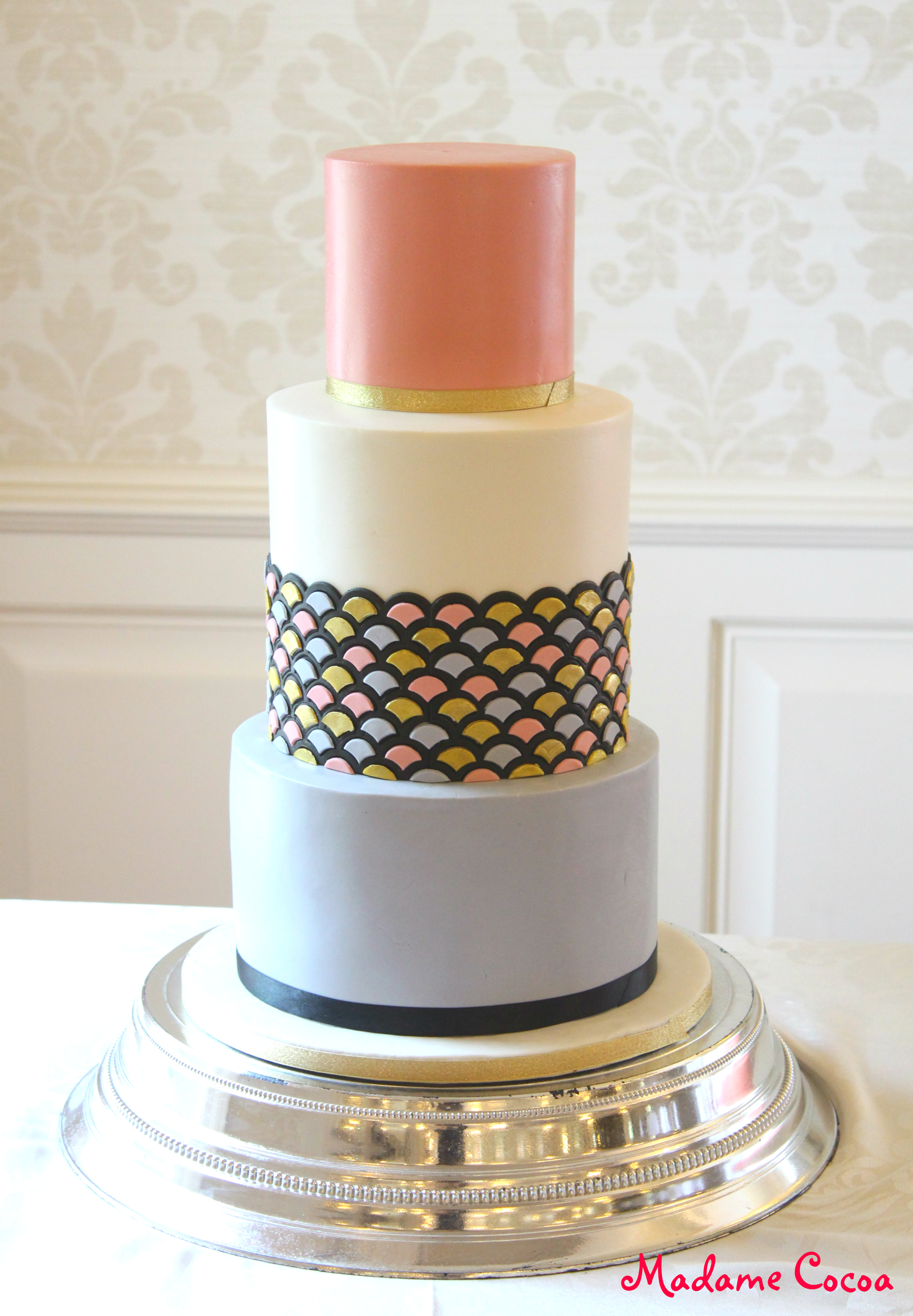 Scallop wedding cake