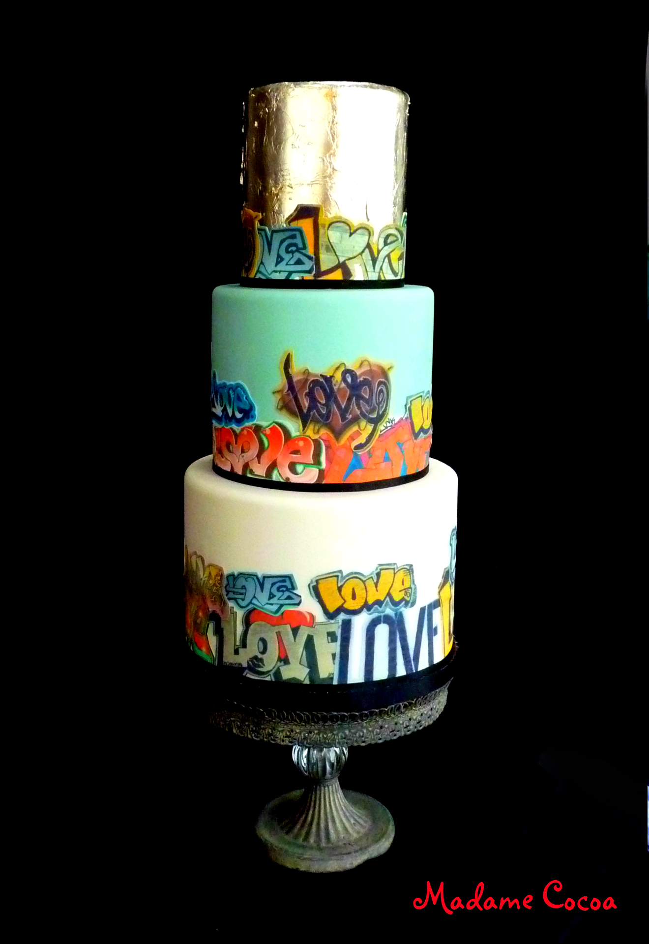 Graffiti 'LOVE' Wedding Cake