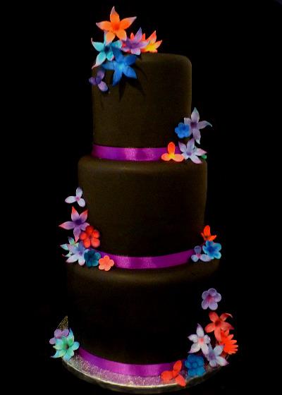 Black Twilight Wedding Cake