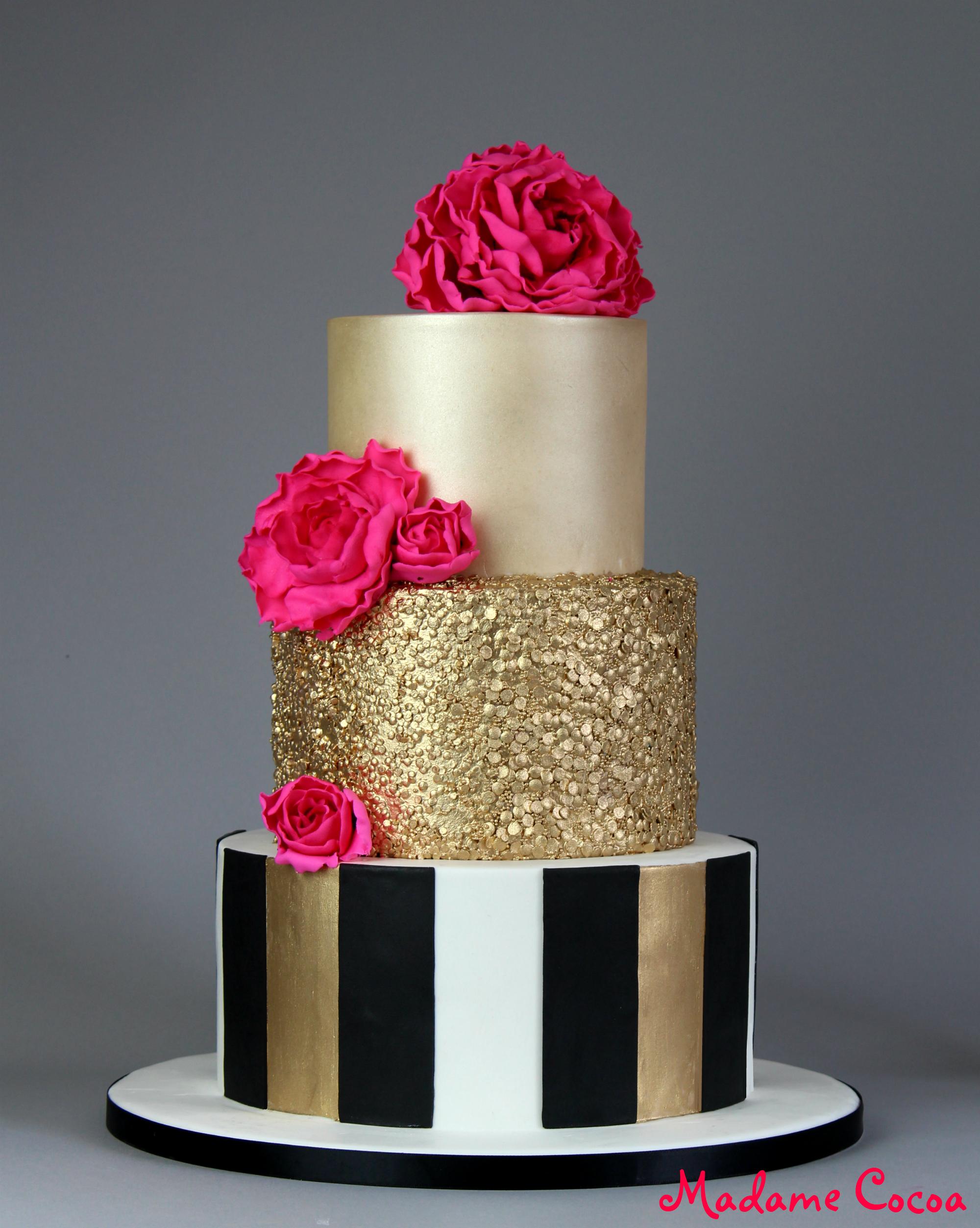 Contrast sequin wedding cake
