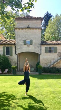 hotel-domaine-des-clos-yoga