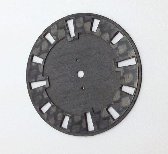 r-watch modèle 3 couleurs carbon..jpg