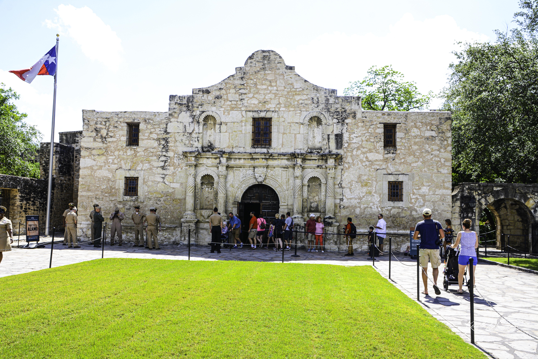 San Antonio Mission - Alamo