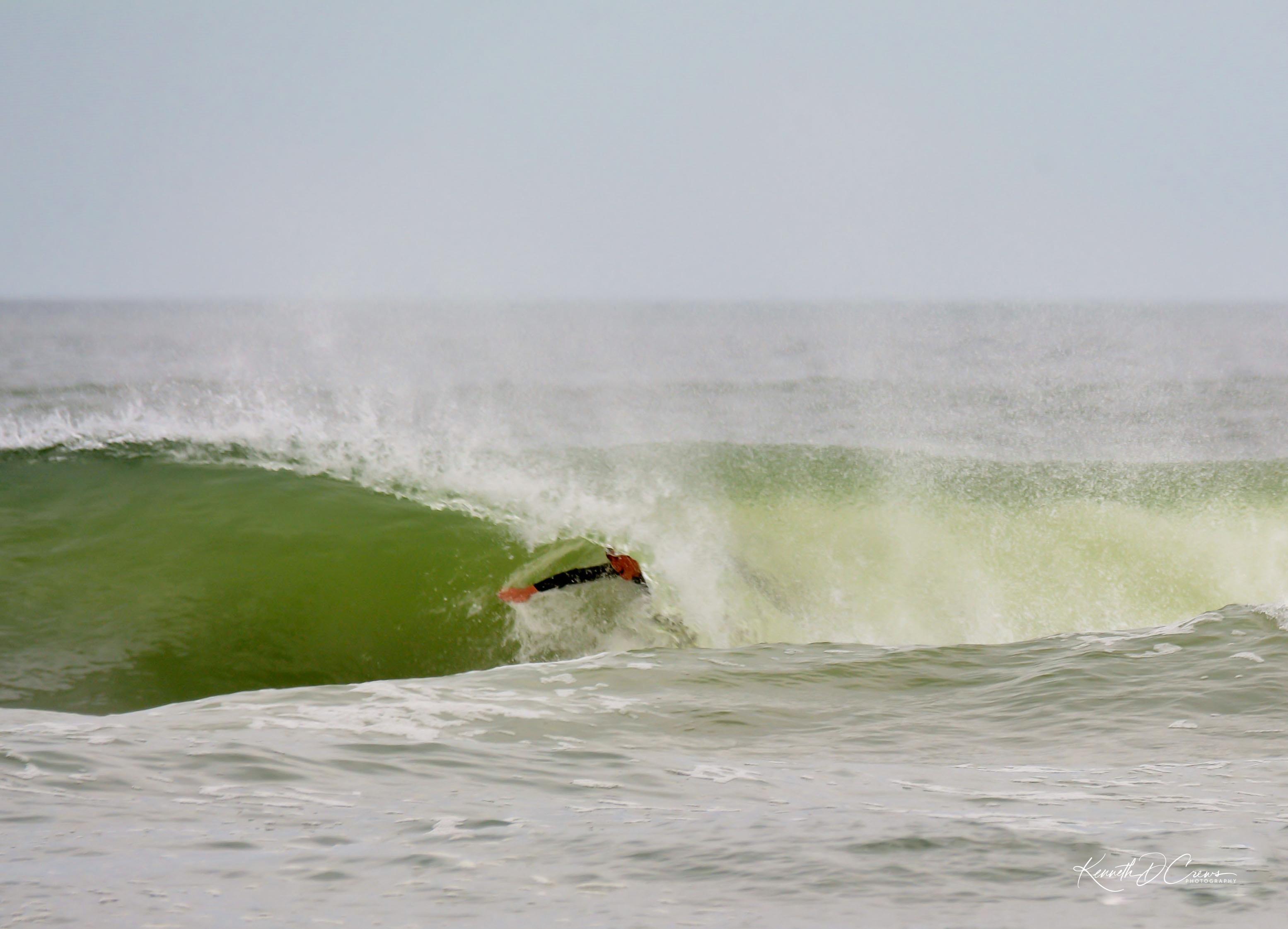 surfer curl