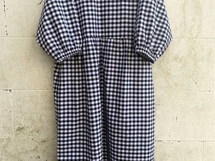 Midi dress with pockets, made in a gingham cotton
