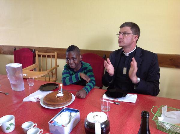 Visite de Mgr de Moulins Beaufort  aujourd'huiarchevêque de Reims