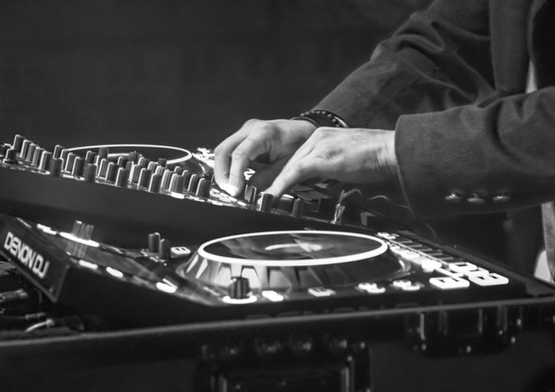 DJ & Events