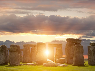 Summer Solstice. Events, traditions, new books to read!
