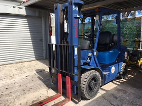 5000lb Forklift.JPG