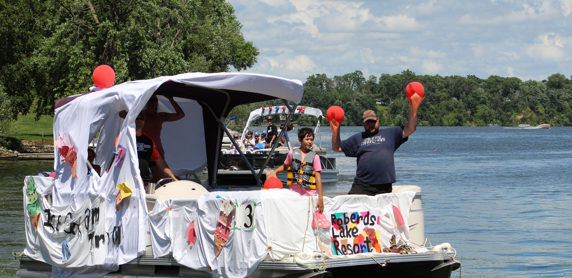 2019 4th Boat Parade (43).JPG