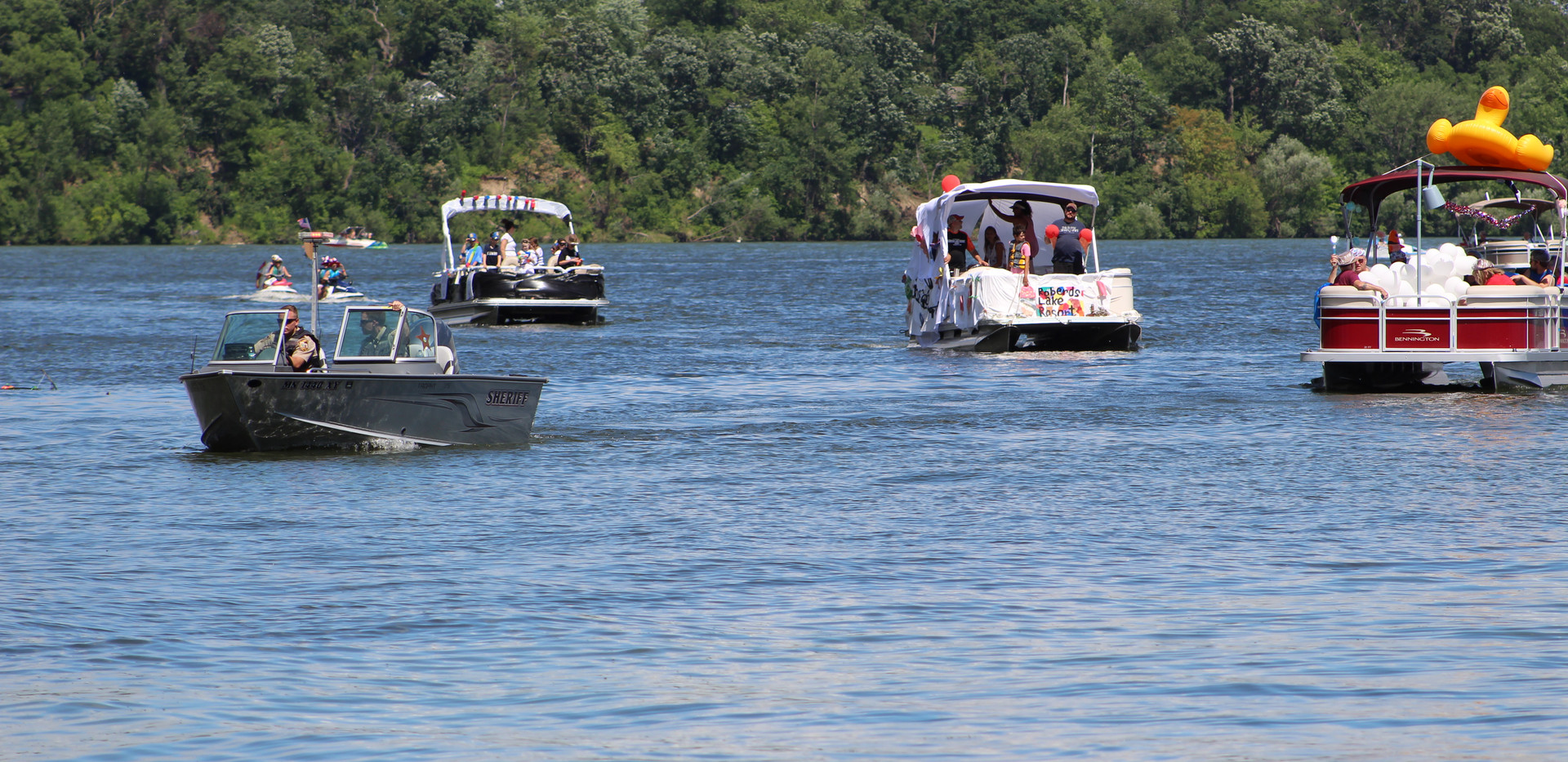 2019 4th Boat Parade (36).JPG