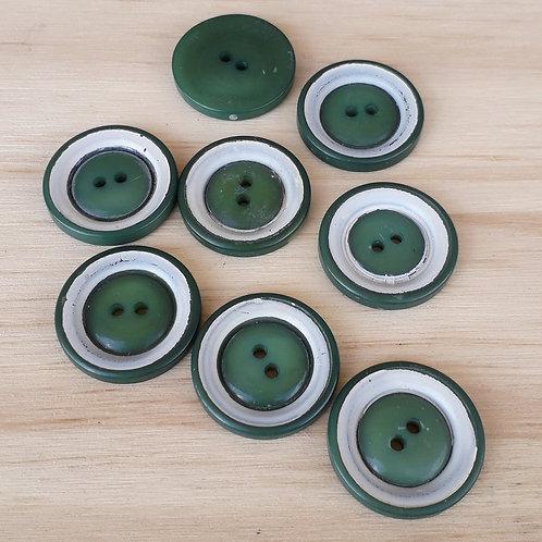 Bouton fantaisie vert/blanc 27mm 2 trous 8pcs