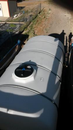 Photo 1 water tank