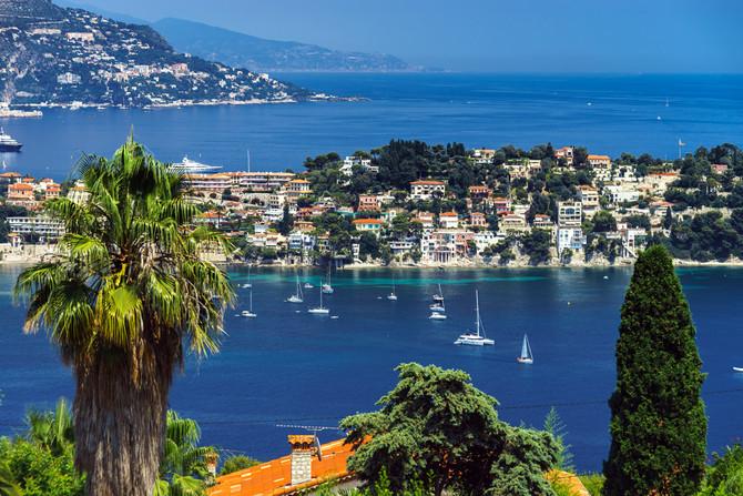 Côte d'Azur -  Azurblaue Küste Frankreichs