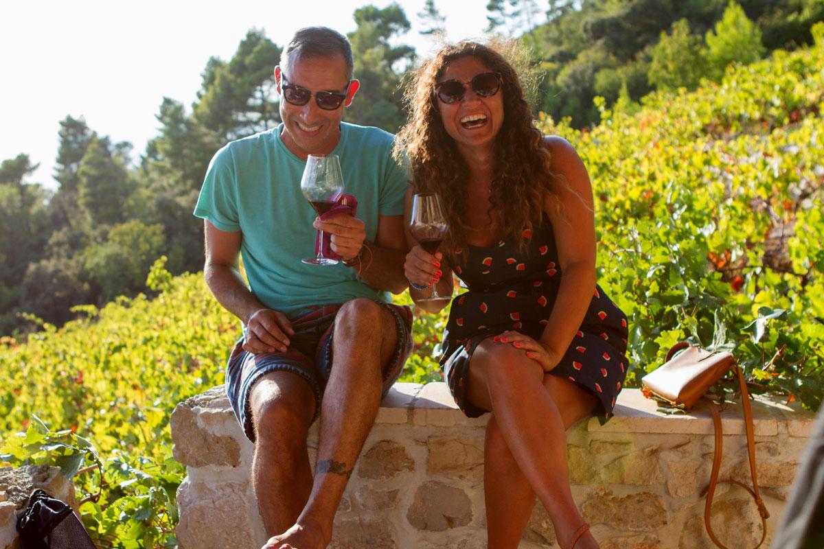 Vineyard-tasting-fun_Bura-Mrgudic_Peljes