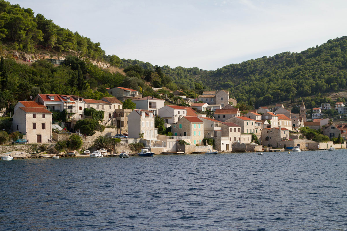 Dalmatia-Coast_island-(photo-by-Stephani