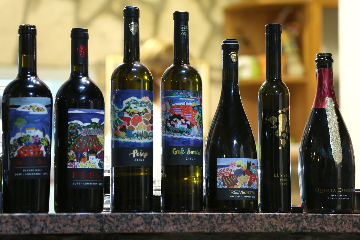 Zure-wines_Korcula_Croatia-wine-(photo-b