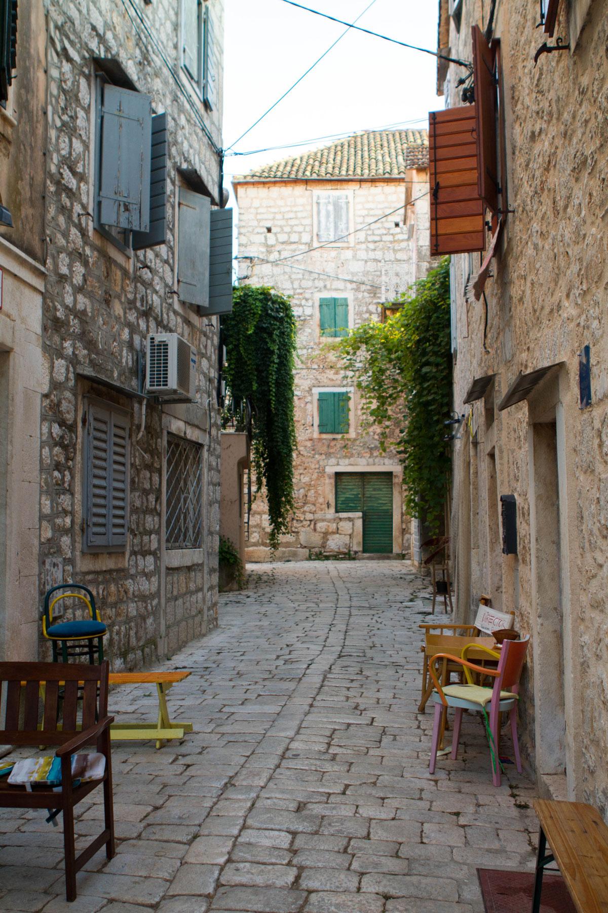Streets-of-Stari-Grad_Hvar-(photo-by-Ste