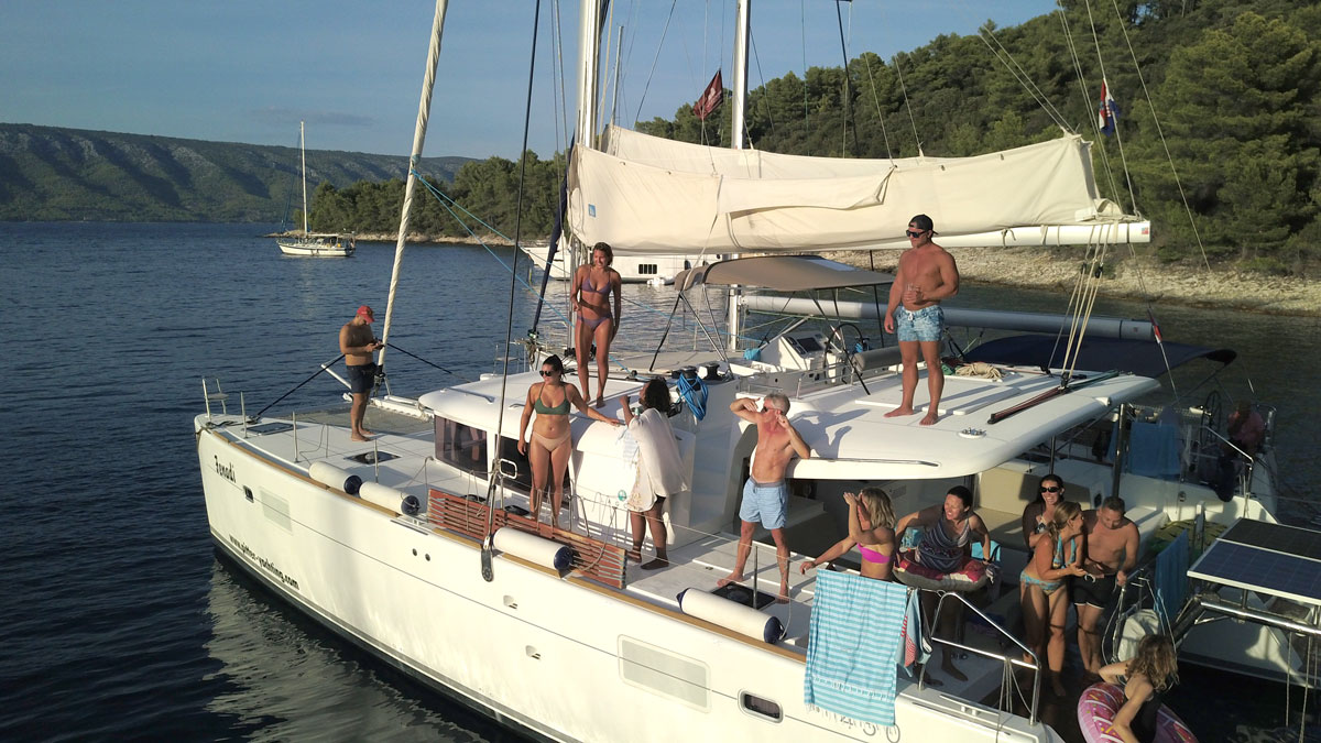 Catamaran-sail-and-swim-time_Dalmatia-Co