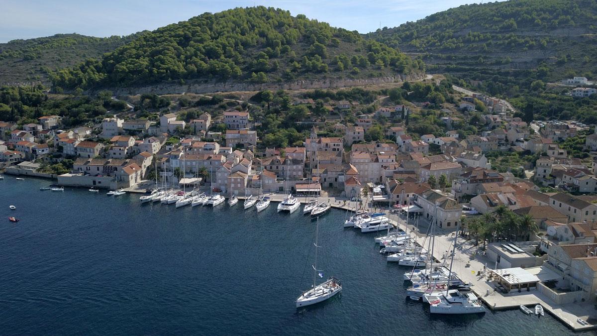 Vis-marina-(photo-courtesy-of-Igor-Sambo