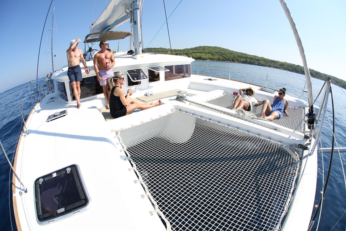 Catamaran-Sailing_Dalmatia-Coast-(photo-