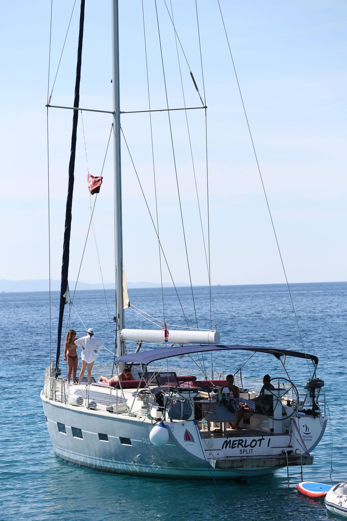 Sailing-yacht-with-Wind-_-Wine-Croatia_D
