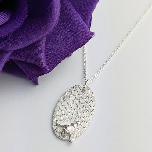 Sustainable Silver Bee & Honeycomb Necklace