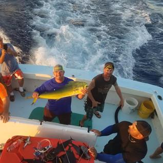 fishing7918g.jpg