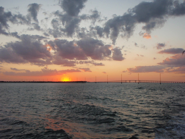Isla Tour Sunset on the water